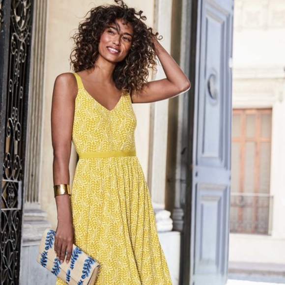 ac16ee4db622 Boden Dresses   Skirts - Boden Jemma Jersey yellow